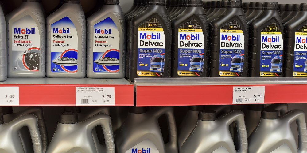 engine oils on shelf
